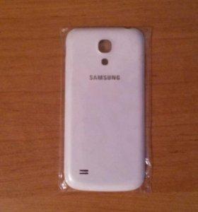 Крышка на Samsung Galaxy S4 mini