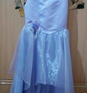 Нарядное платье сиреневого цвета