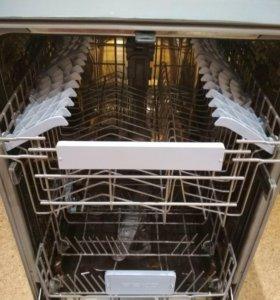 Встраиваемая посудомойка Beko