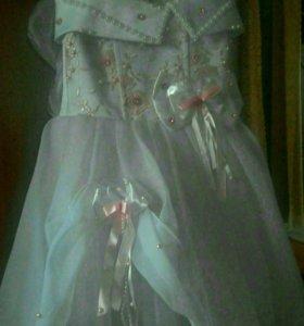 Праздничное платье на 3-5лет длина платья 53 см.