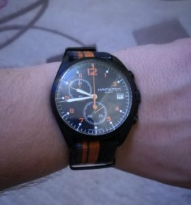 Часы Hamilton