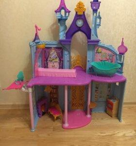 Замок принцесс Диснея, корабль, карета.Цена за все