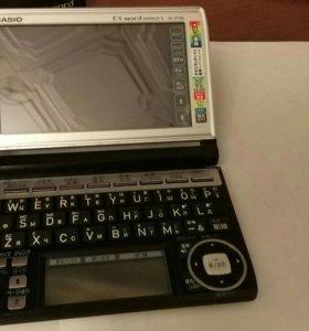 Карманный переводчик Casio ex-word XD-A7700
