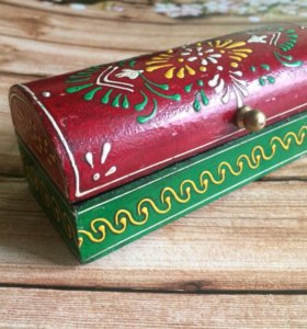Деревянная шкатулка из Индии. Точечная роспись