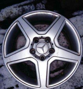 Диски литые R16 Мерседес оригинал.