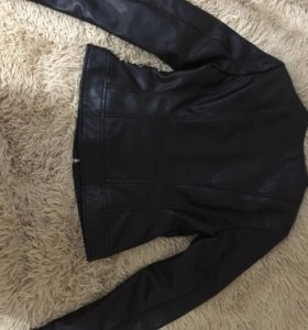 Куртка (новая)