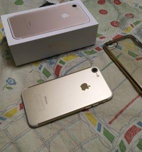 IPHONE 7 128Gb Gold 8 месячный