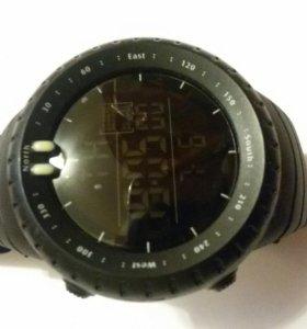 Часы водонепроницаемые стильные