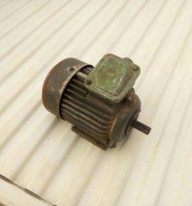 Электродвигатель 1500 кв.ват