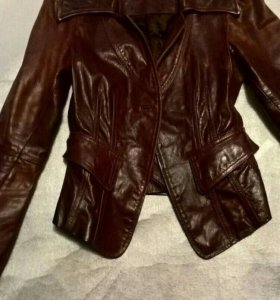 Коженная куртка пиджак