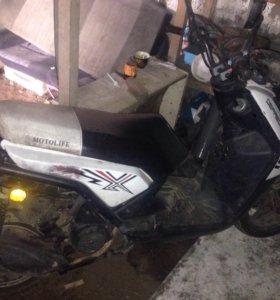 Moto life 150
