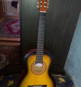Продам гитару, торг