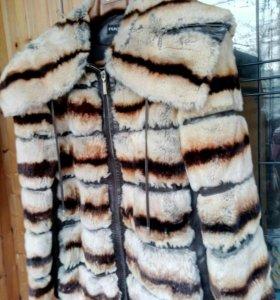 Кожаная куртка с мехом б/у