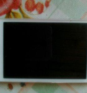 Продам телефон iphone 4 ,,