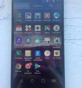 Продам телефон LG G4c