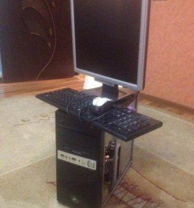 Компьютер+Монитор Клавиатура с без проводной мышко