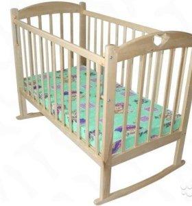Кроватка детская новая с качалкой