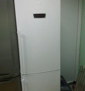 Холодильник Hansa ноуфрост