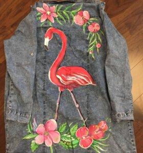Джинсовая рубашка с принтом фламинго
