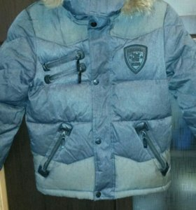 Пуховик -куртка на мальчика р140