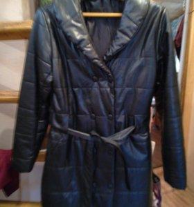 Пальто теплое из кожи