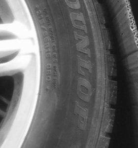 Dunlop 215/65 R16