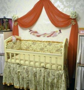 Кроватка с маятником.