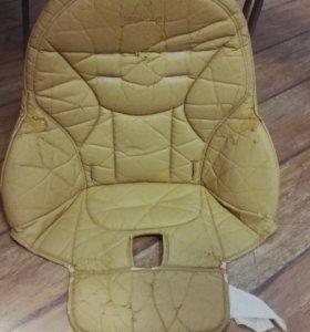 Оригинальный чехол на стульчик для кормления.