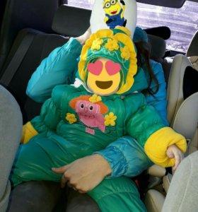 Зимний комбинезон с шапкой