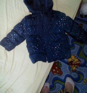 Куртка на девочку димосезонная на 9 месяцев.