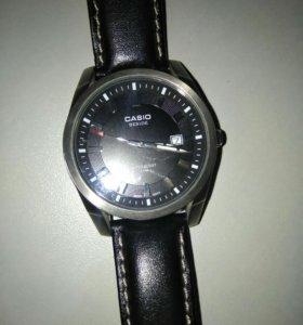 Продам муж. японские наруч. часы Casio BEM-116L-1A