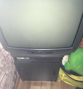 Продам телевизор гаснет ретко