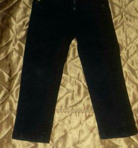 Брюки-джинсы