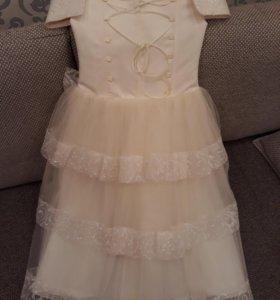 Очень красивое платье на девочку👸👗