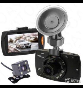 Видеорегистратор с двумя камерами. Новый, магазин