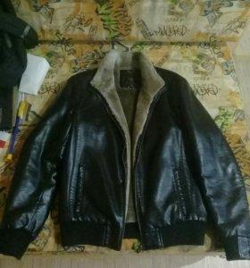 2 кожанные(эко кожа) куртки: осенняя и зимняя