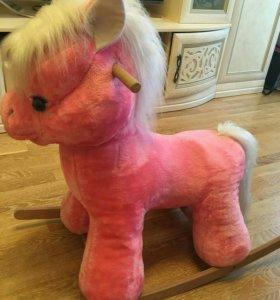 Качалка-лошадь