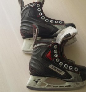 коньки хоккейные Bauer нагрудник бандаж