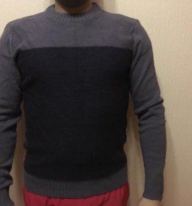 Мужские свитера и куртка
