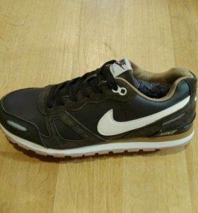 Кроссовки кожаные Nike тёплые