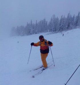 Инструктор по горным лыжам
