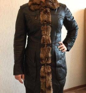 Зимнее пальто натуральные кожа и мех