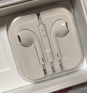 Наушники Apple