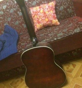 Акустическая гитара!