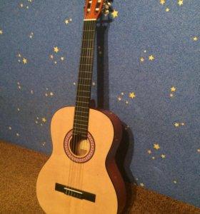 Новая классическа гитара.+ чехол в подарок
