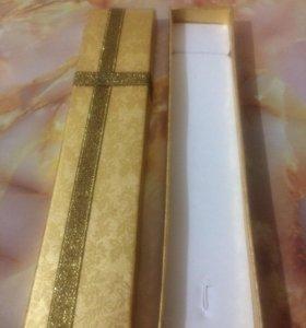 Подарочная коробочка для цепочки, браслета, часов.