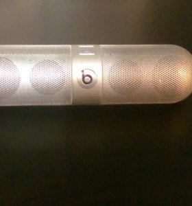 Портативная колонка Beats Pill