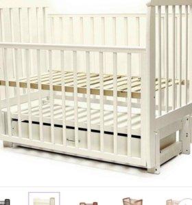 Кроватка детская+комод пеленальник