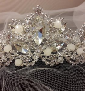 Диадема,корона,сваденое украшение,аксессуар