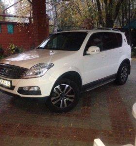 Продам автомобиль внедорожник SsangYon Rexston-3.